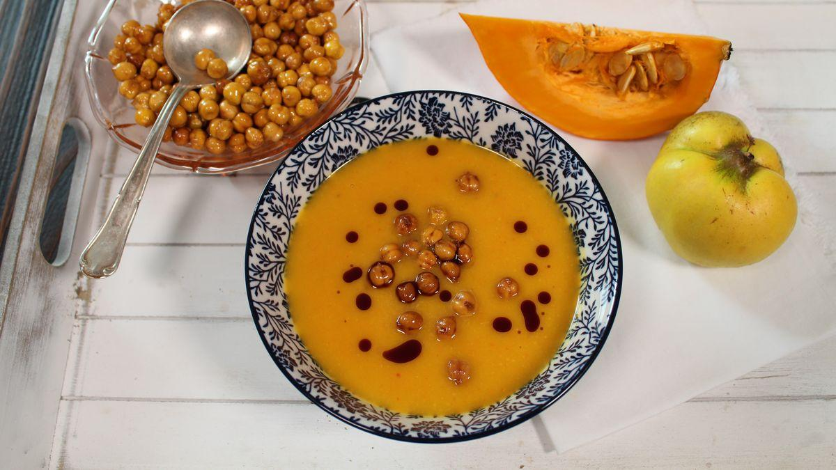 Kürbis-Quitten-Suppe